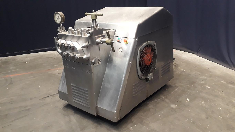 APV  High pressure homogenisers