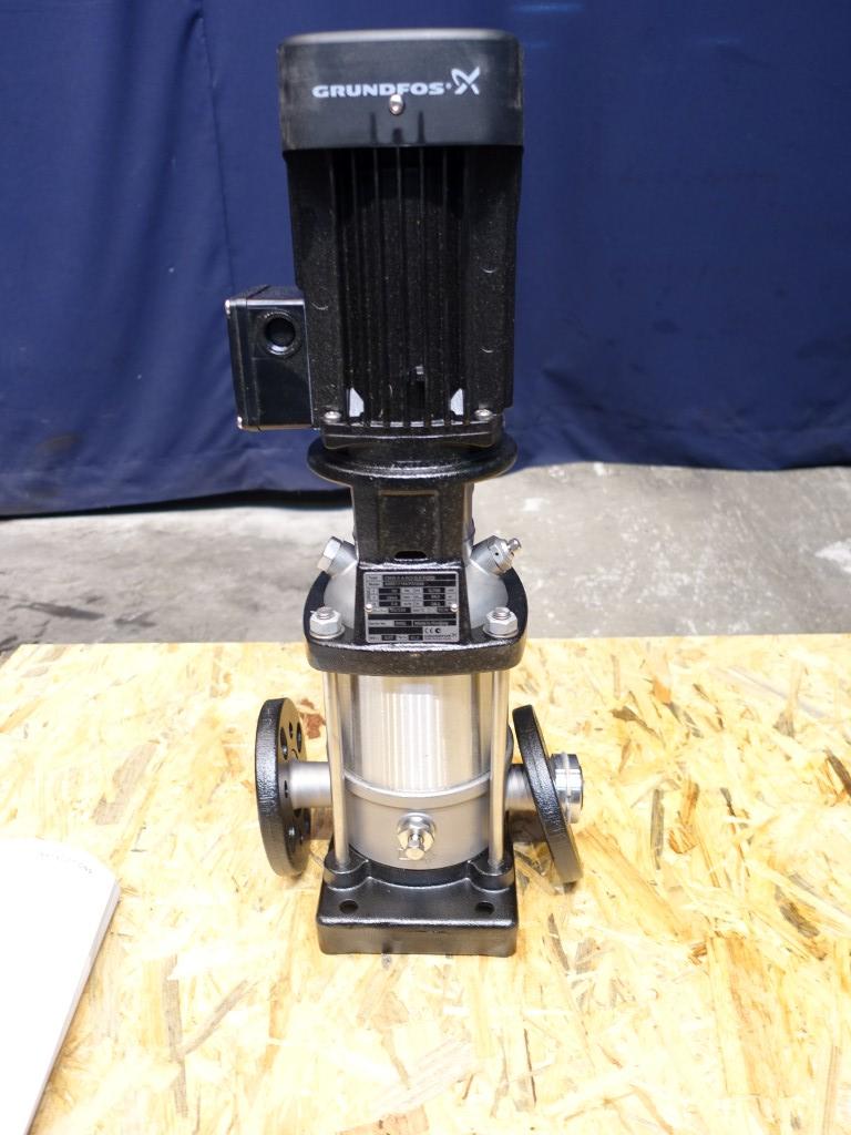 Grundfos CRN5-5-A-FGJ-G-E-HQQE Centrifugal pumps