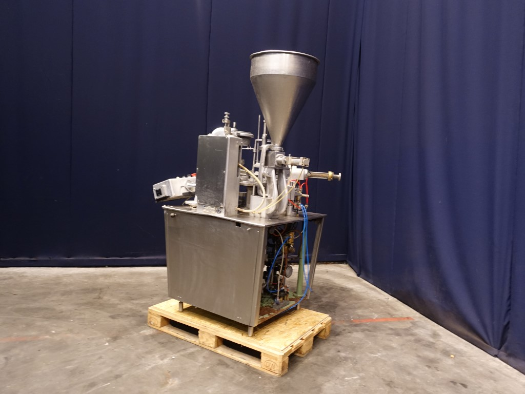 Hamba 2400 Cup filling machines