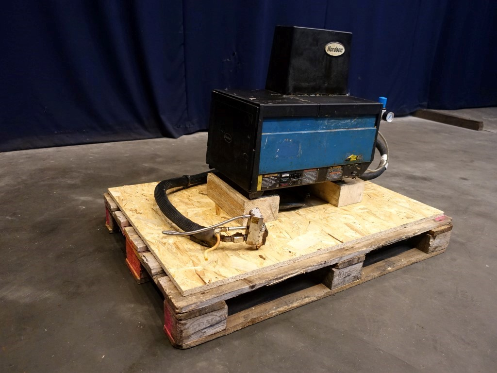Nordson 3400 Packers