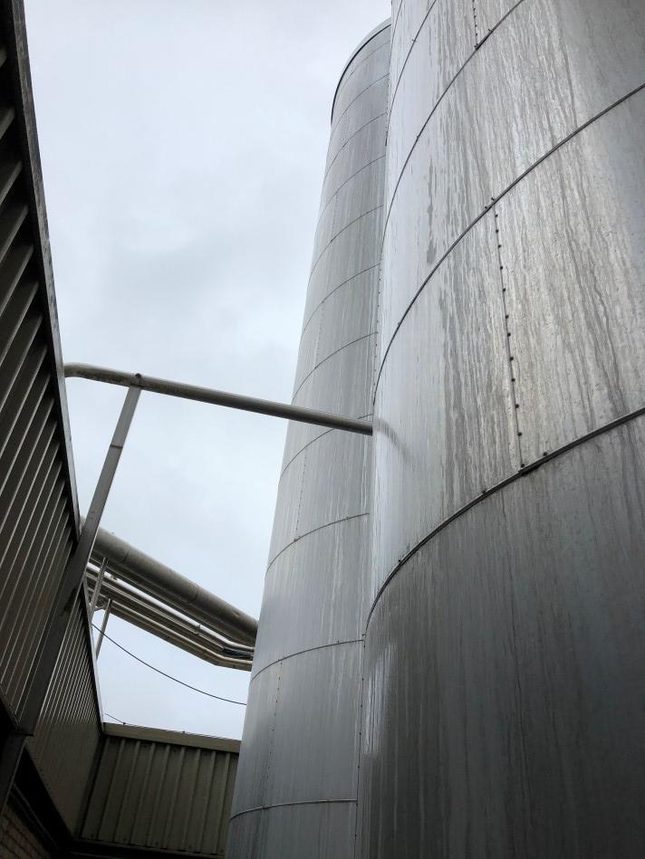 Holvrieka - Opslag tanks