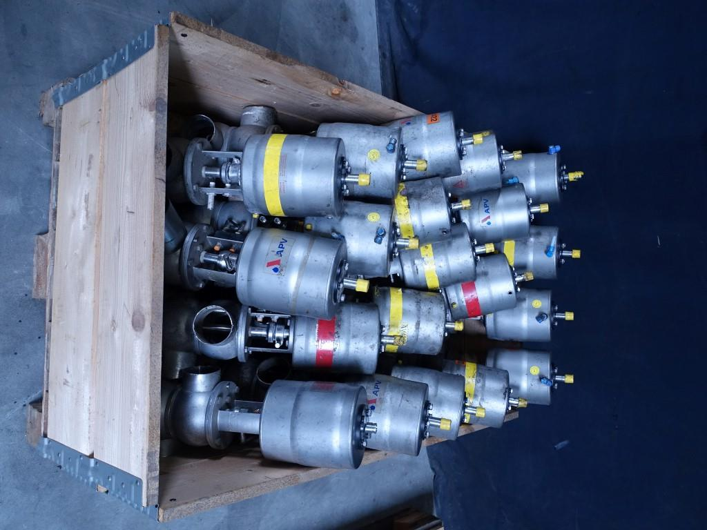 """APV Delta S24-3"""" Valves and swingbend panels"""
