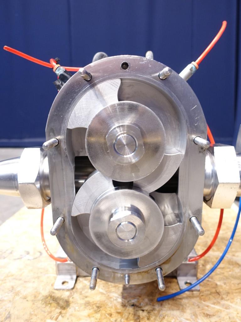 Waukesha 060 U1 Lobe rotary pumps