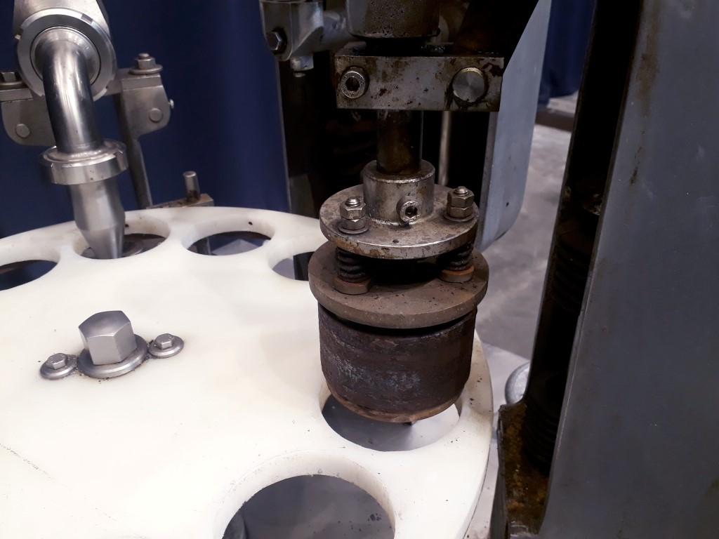 Hamba 2400 Cup filling machines