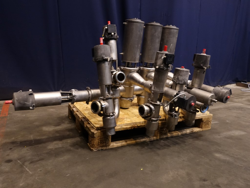 Alfa Laval SMP-SC Valves and swingbend panels