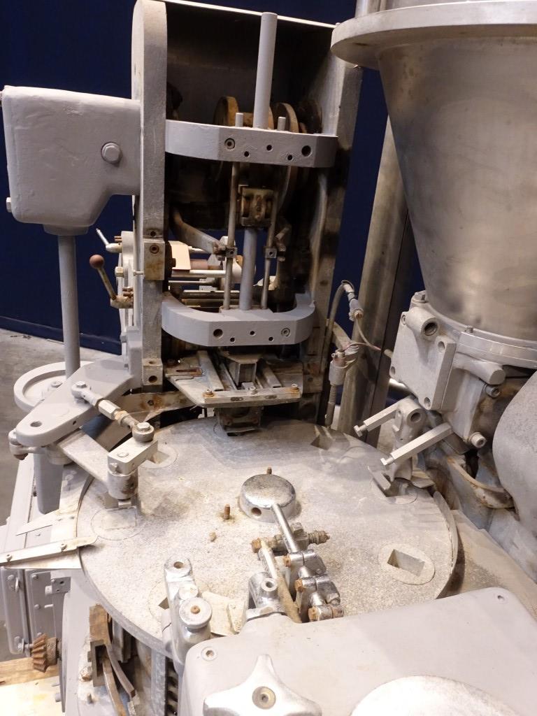 Benhil 8304 Butter/Margarine filling machines