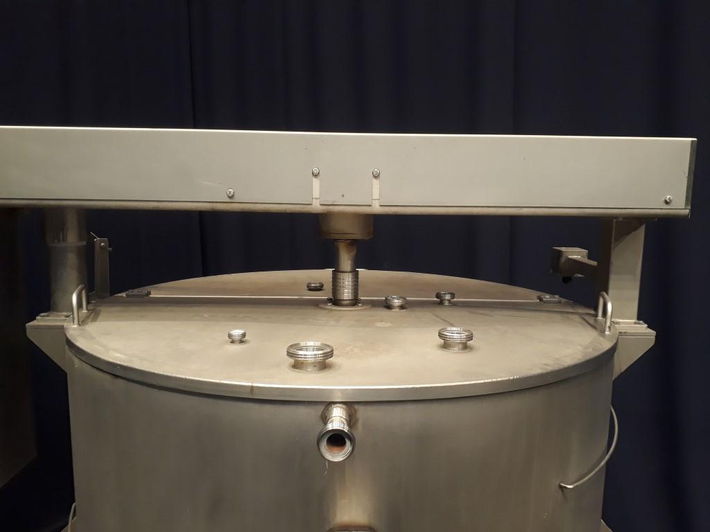 N.N. Hopper with scrape agitator Processed cheese equipment