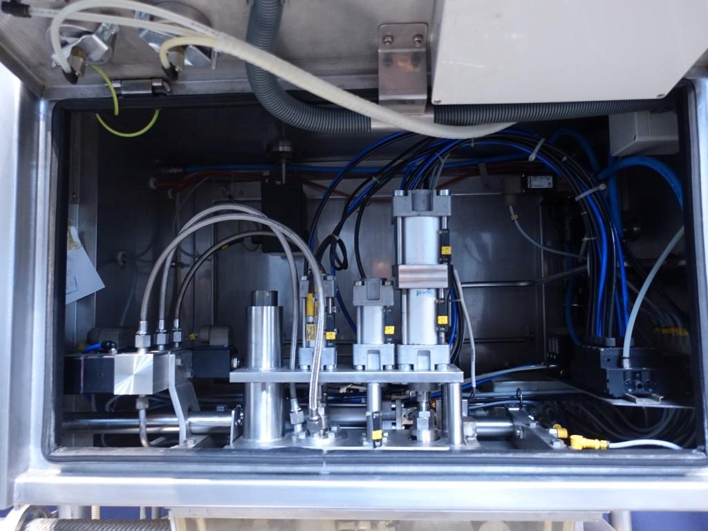 van Meurs Aseptic filling B200 Aseptic filling machines