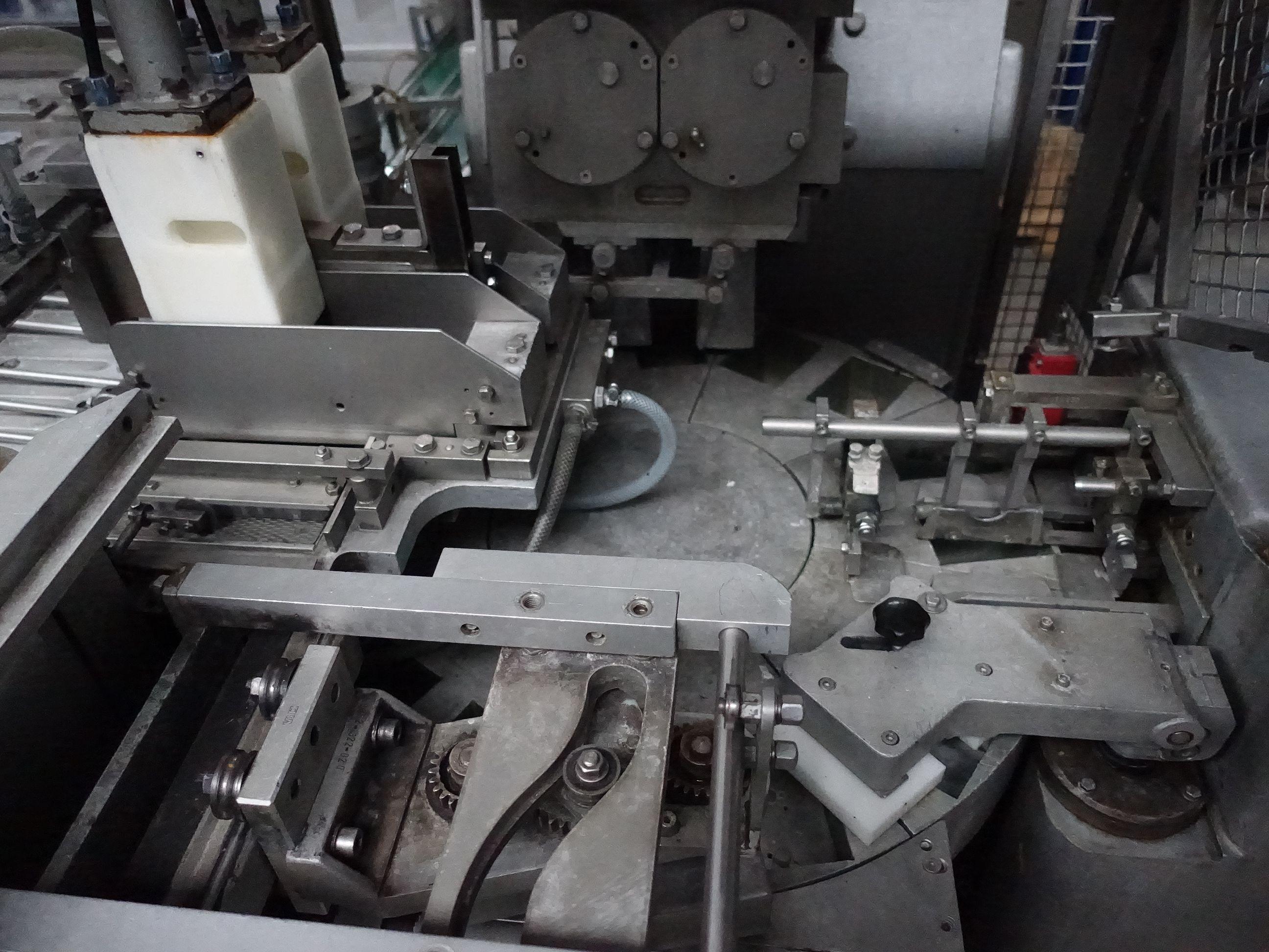 Benhil 8362 Butter/Margarine filling machines