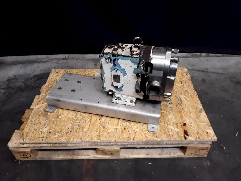 Waukesha 060 U2 Lobe rotary pumps