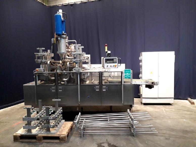 Benhil 8270/215 Cup filling machines