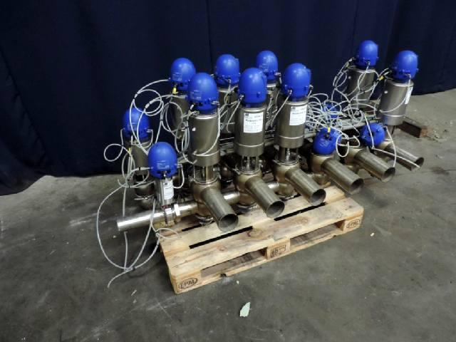 Alfa Laval Unique with Think Top Valves and swingbend panels