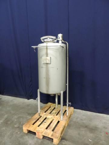 APV Product-Vorlaufbehälter Balance tanks / hoppers