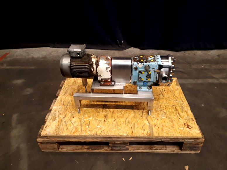 Waukesha size 30 Lobe rotary pumps