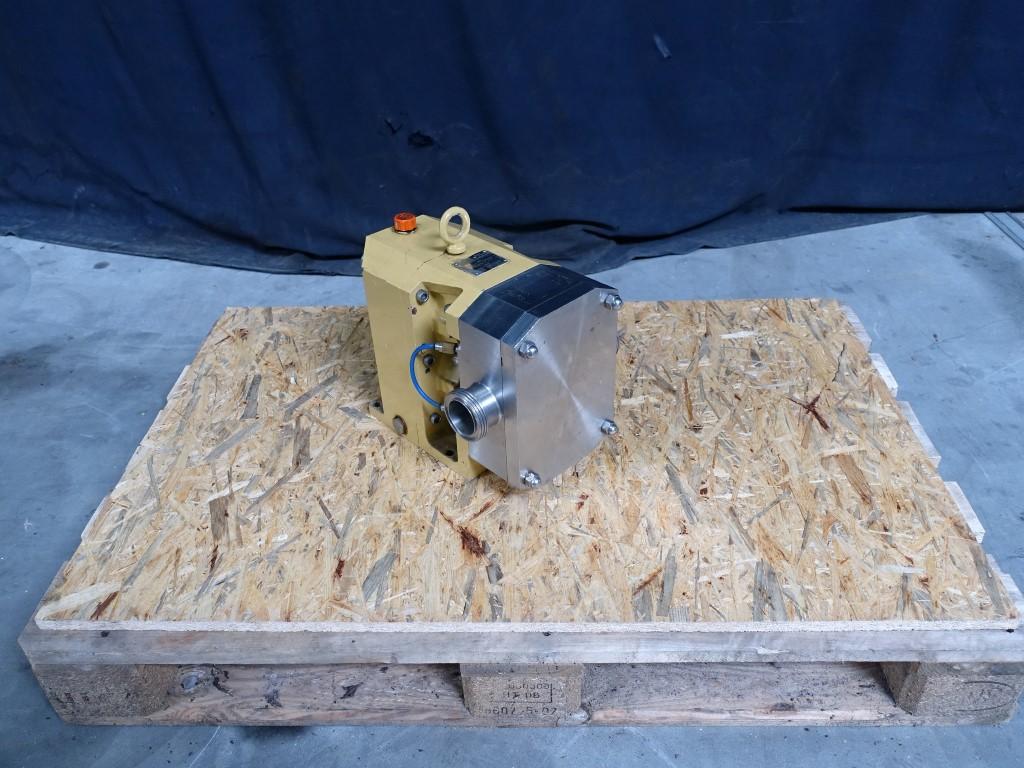 Johnson 320 Lobe rotary pumps