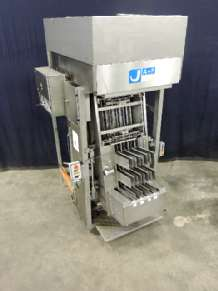 A & F 160-4/4-96 Cup filling machines
