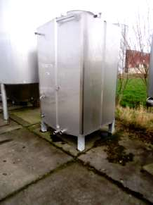 VPS Engineering NC3600 CIP tanks