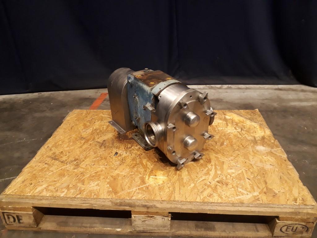 Waukesha 130 Lobe rotary pumps